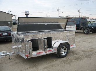 Six Dog Trailer